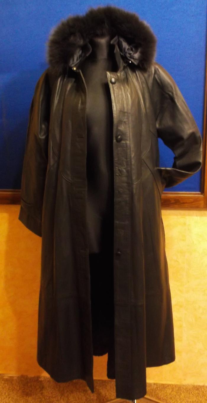 6806a18a23a Kompletní specifikace. Kožený dámský kabát šedý
